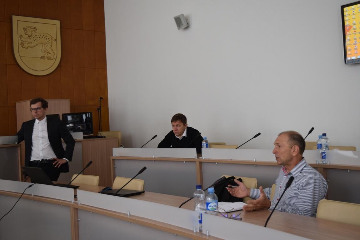 Savivaldybėje – pokalbis su saulės jėgainių įrengimo specialistais