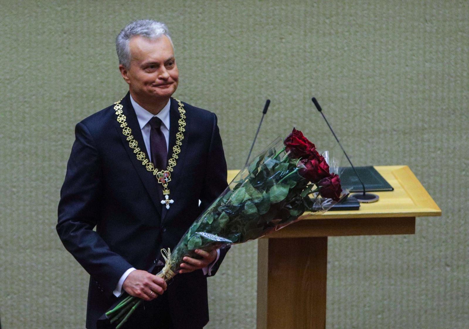 Prezidento G. Nausėdos biografija