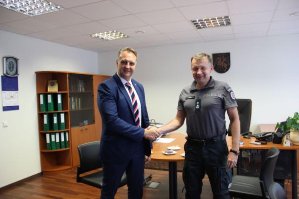 Pasitarimas su Elektrėnų policijos komisariato viršininku