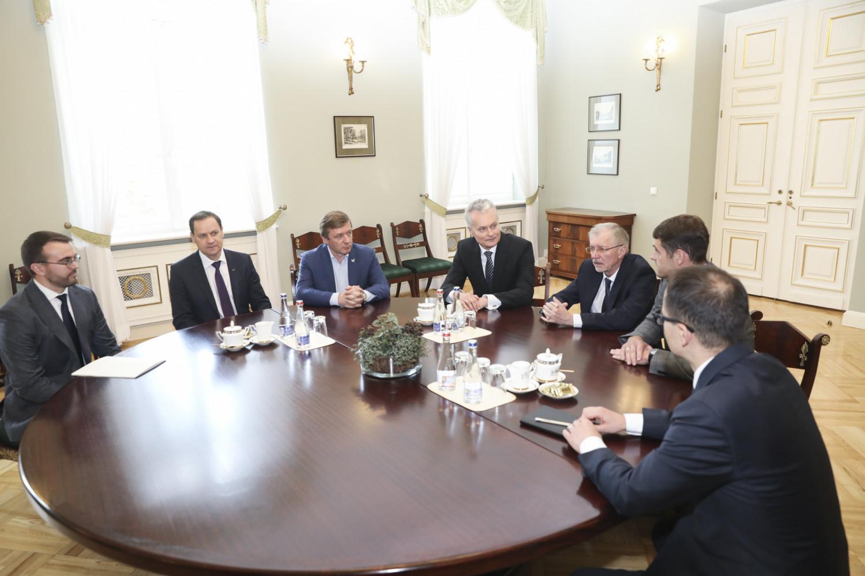 G. Nausėda susitiko su koalicijos lyderiais: pasakė, kurie ministrai turi tęsti darbą