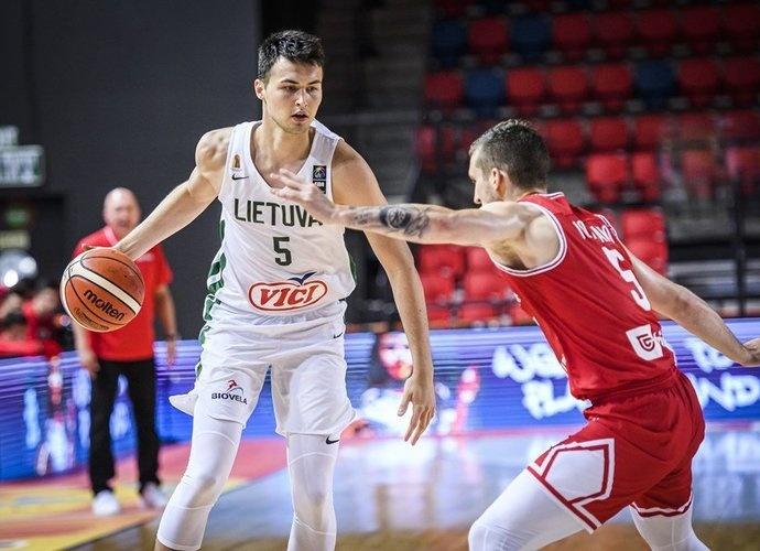 Lietuvos 20-mečių krepšinio rinktinė Europos čempionate kovos dėl penktosios vietos