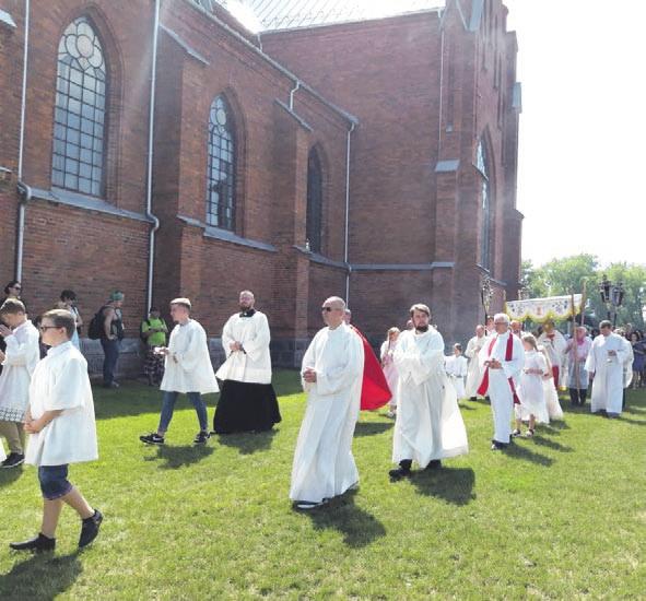 Atlaidai – Dievo malonės laikas arba smagi Vasaros šventė Žiežmariuose