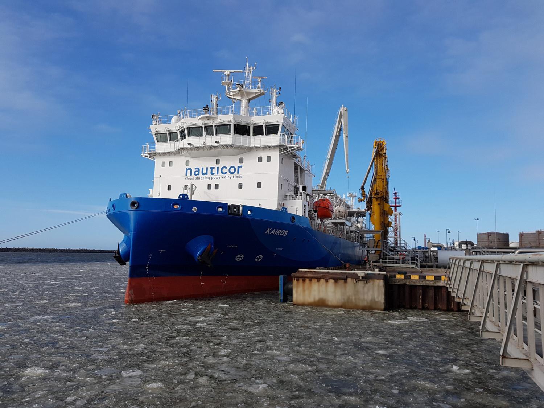 """""""Klaipėdos nafta"""" pasirašė statybos rangos sutartį dėl krantinės rekonstrukcijos"""