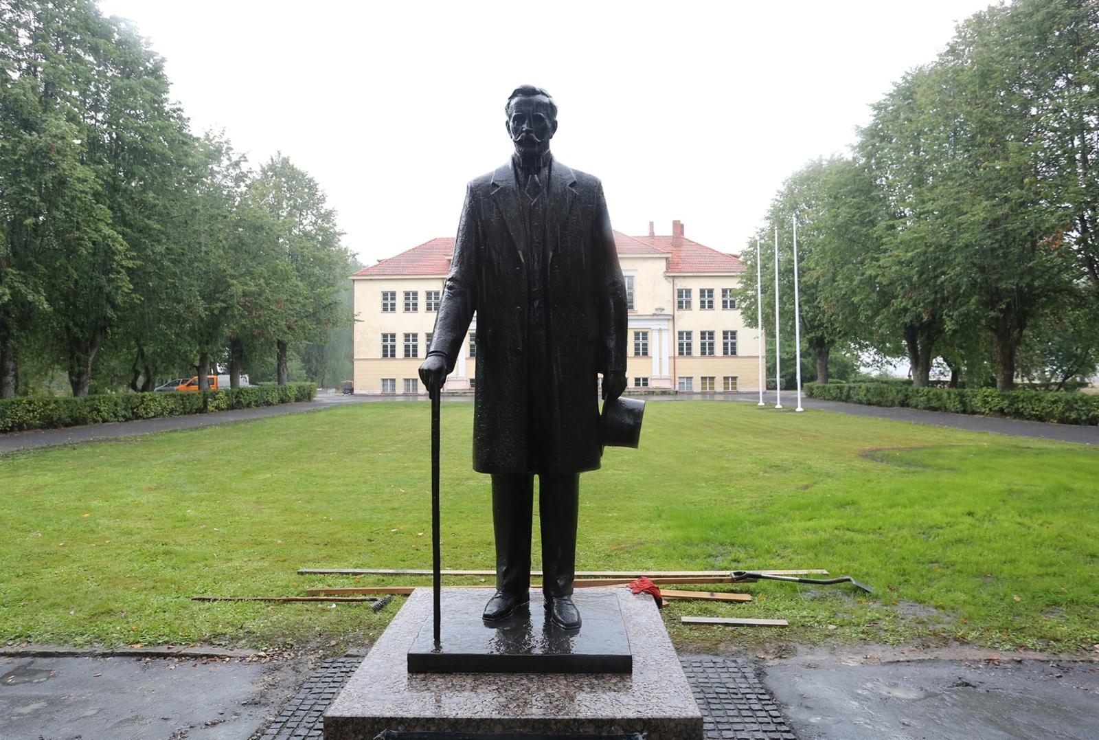 Užulėnyje bus atidengtas paminklas pirmajam Lietuvos prezidentui A. Smetonai