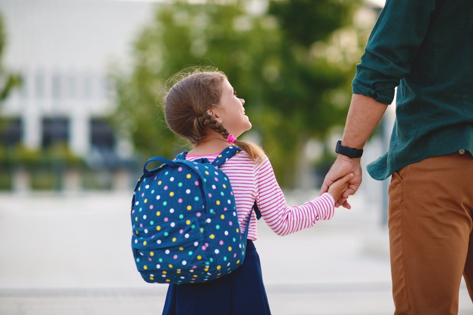 Prezidentas siūlo mamadienius ir tėvadienius vieną mažametį auginantiems tėvams