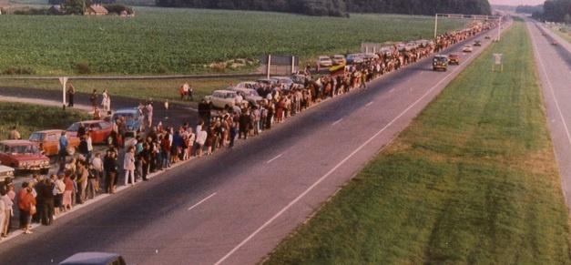 Kaip Širvintos minės Baltijos kelio 30-metį?