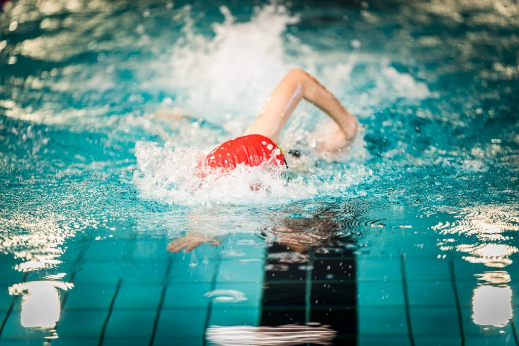 Vilniuje startuoja registracija į plaukimo treniruotes su žinomais treneriais
