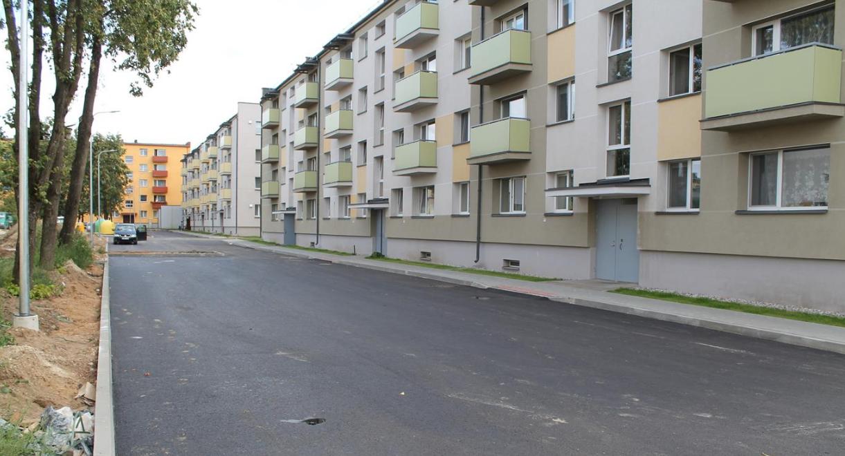 Išasfaltuoti Vasario 16-osios gatvės kiemai