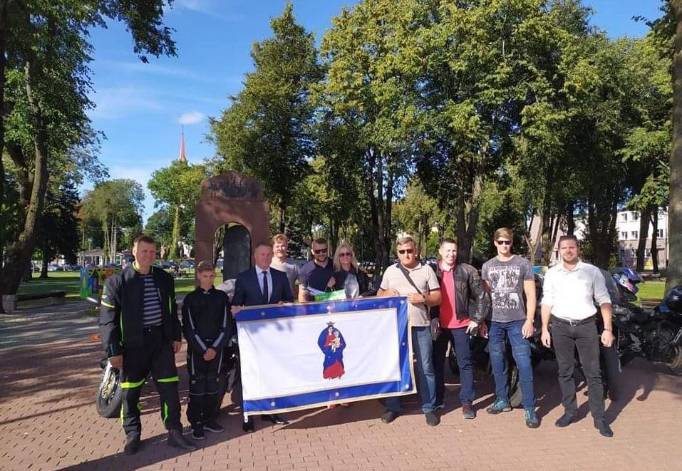 """Į """"Ryterna Modul Mototourism Rally"""" išlydėtos Kretingos rajoną atstovausiančios komandos"""
