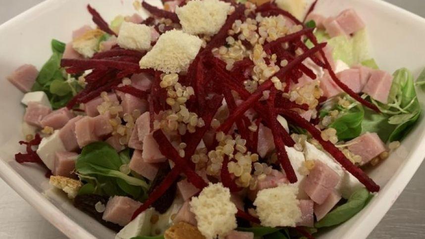 Gurmaniškos salotos iš neįmantrių produktų