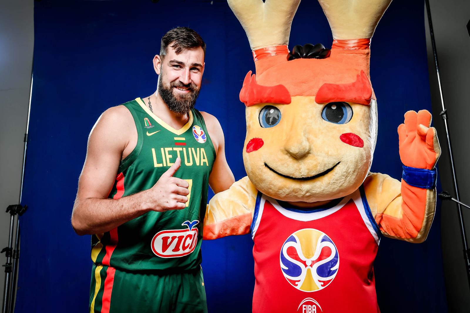 Lietuvos krepšininkai dalyvavo oficialiose pasaulio čempionato vaizdo ir fotosesijose