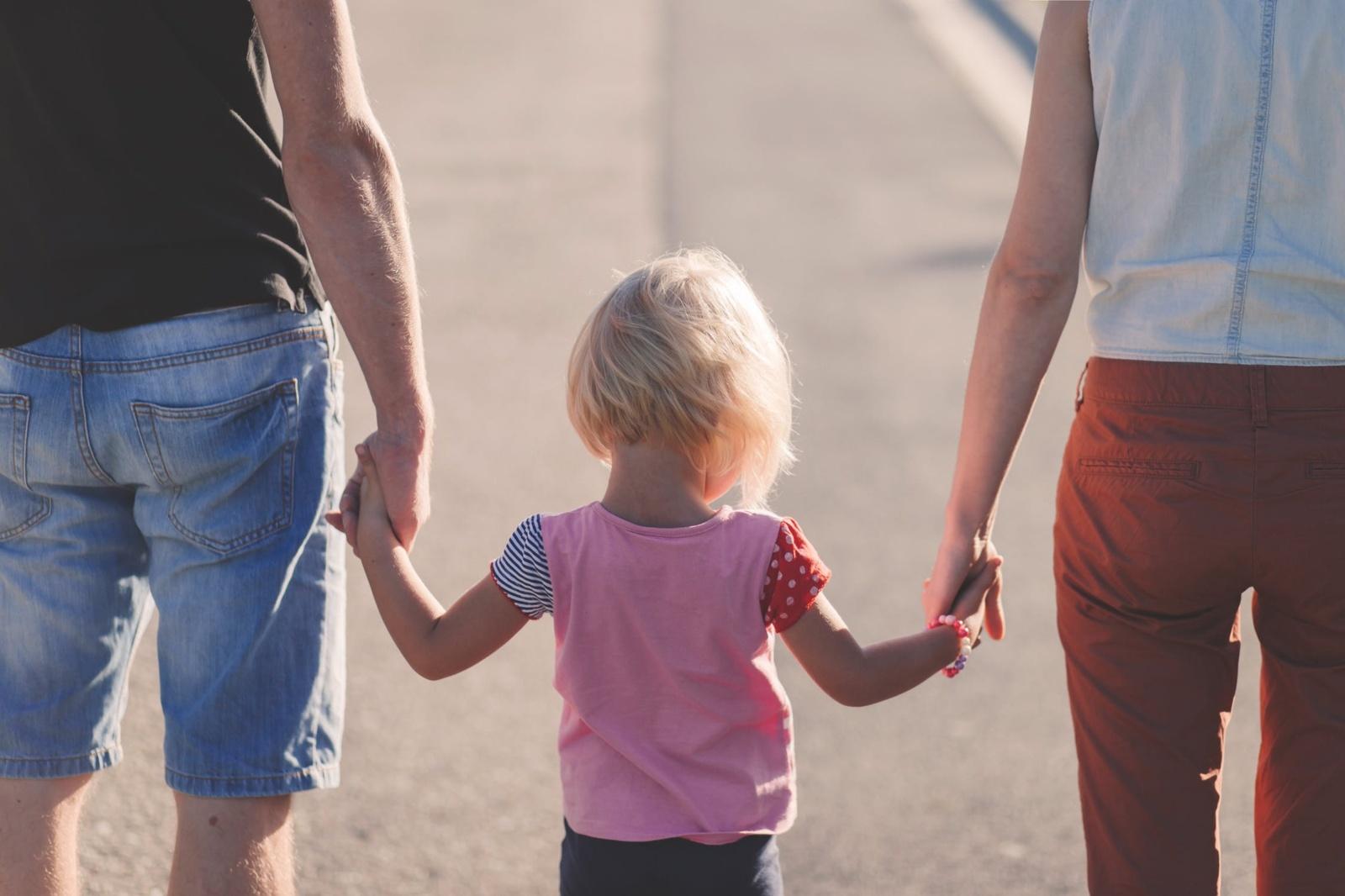 Skyrybų pasekmės įvairaus amžiaus vaikams