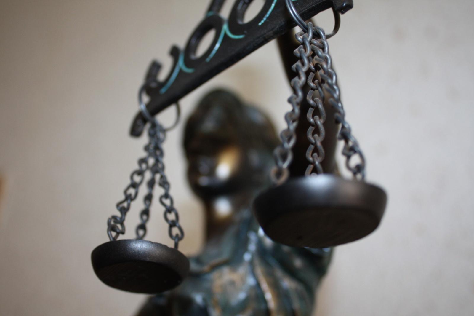 Šešėlyje veikusi viena didžiausių uostamiesčio autotransporto įmonė bausmės neišvengė