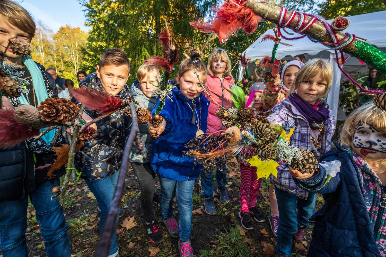 """Pirmąjį spalio šeštadienį – į žemaitišką disneilendą """"Miško burtai"""""""