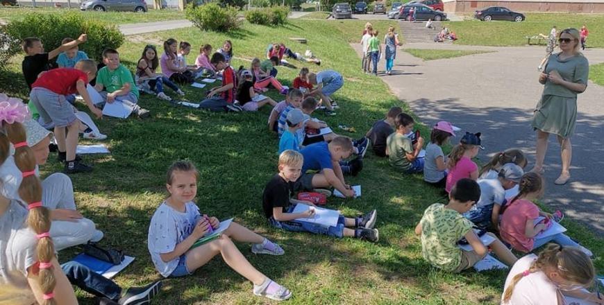 """""""Prisijungusi Lietuva"""": alytiškiai kviečiami į biblioteką ir """"Kaimynadienį"""" prie progimnazijos"""