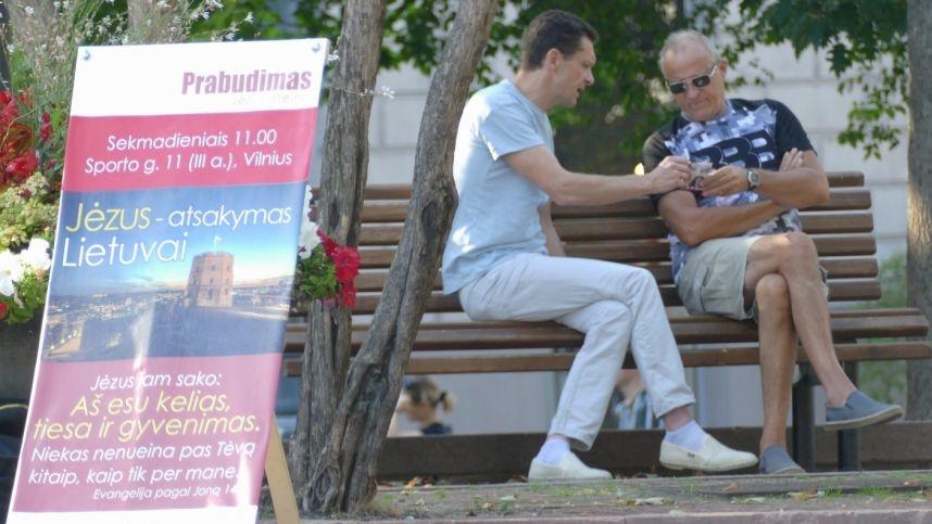 Vilniuje naujų narių aktyviai ieškanti religinė bendruomenė homoseksualus prilygina zoofilams