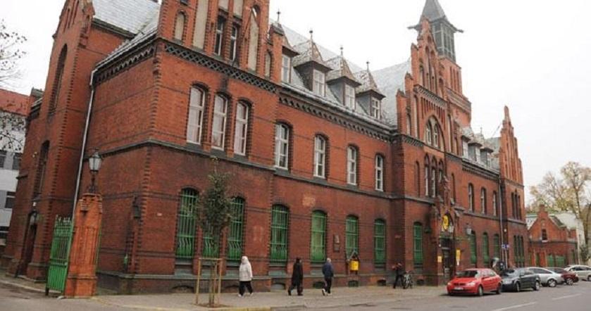 Perkeliamas Klaipėdos centrinis paštas
