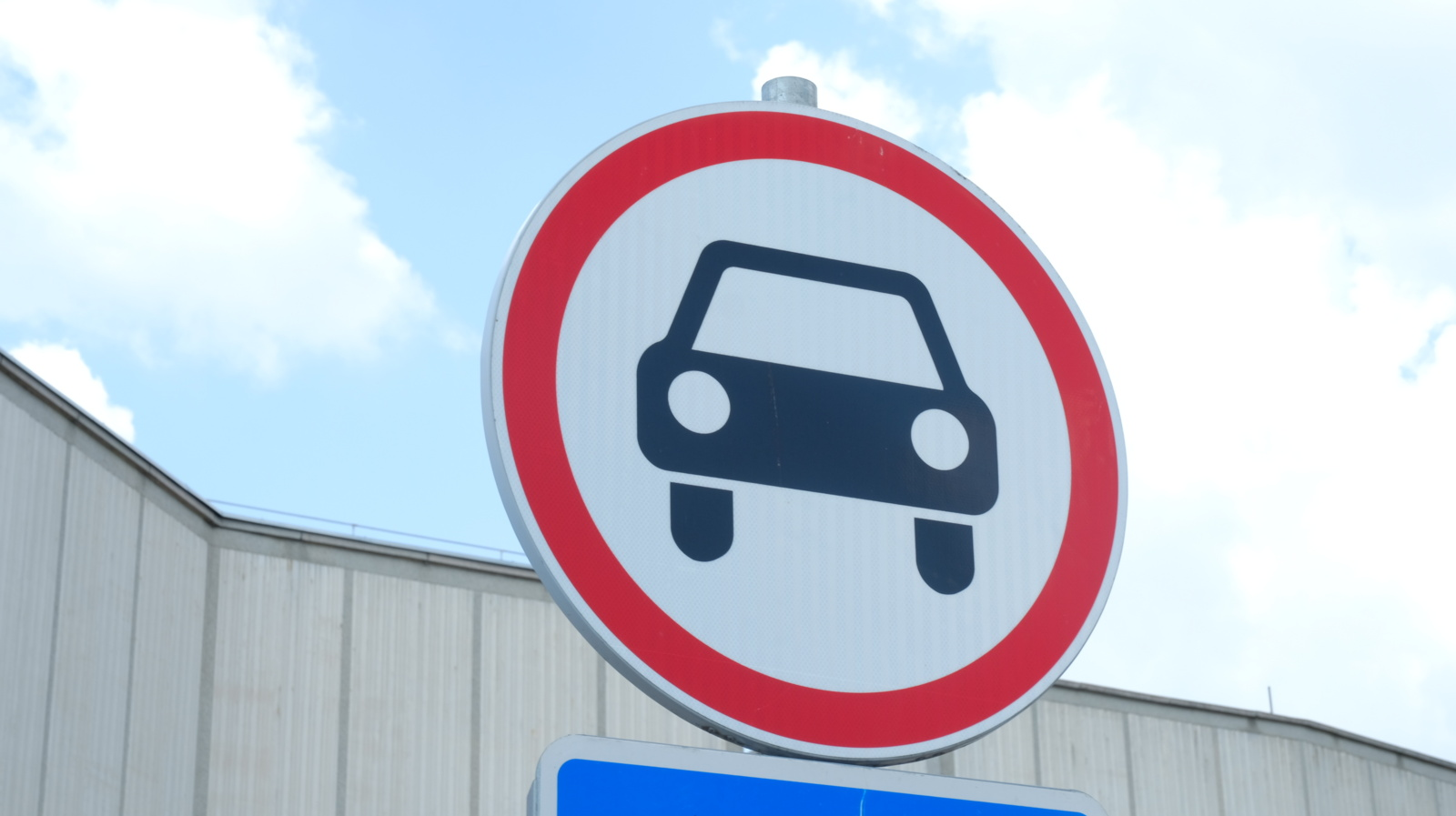 Penktadienį Panevėžyje S. Kerbedžio gatvėje bus uždarytas eismas