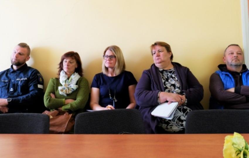 Miesto seniūnaičiams pristatė gatvių asfaltavimo programos projektą