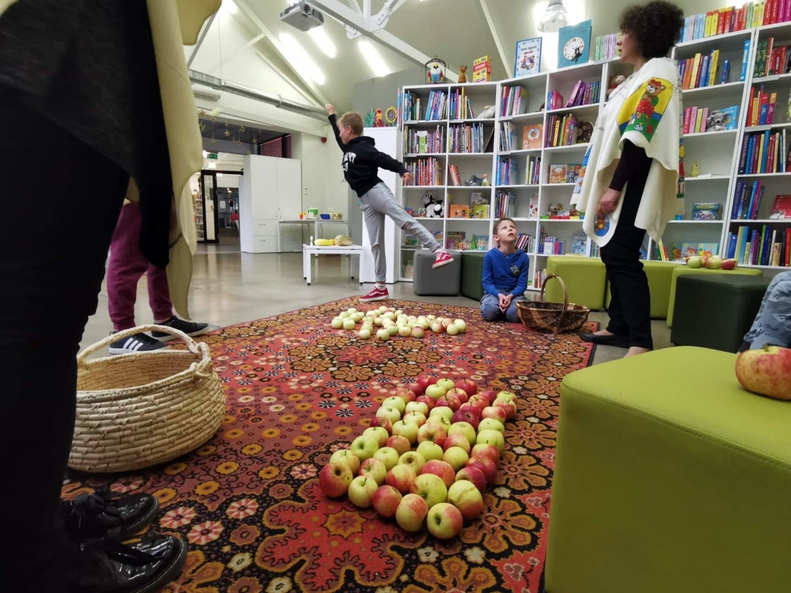 Vaikų obuolinės bibliotekoje