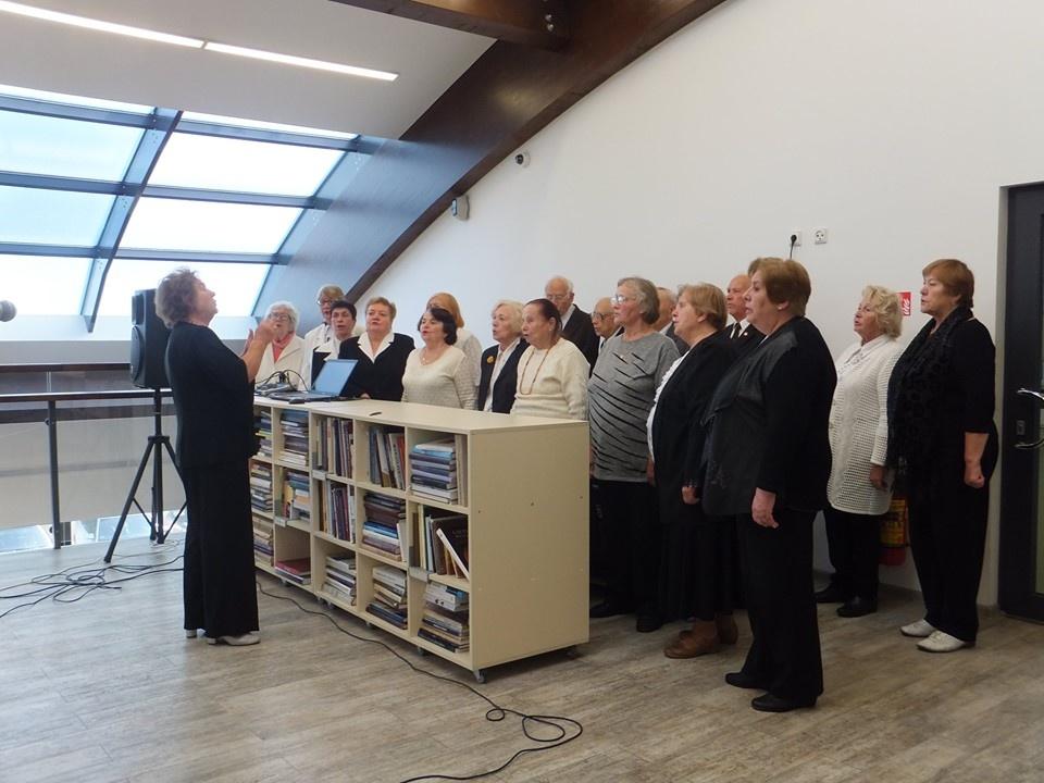 """Druskininkų viešojoje bibliotekoje pristatyta knyga - albumas """"Adolfas Ramanauskas Vanagas fotografijose"""""""