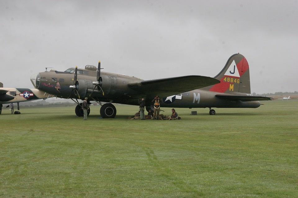 Konektikute sudužo Antrojo pasaulinio karo laikų bombonešis B-17