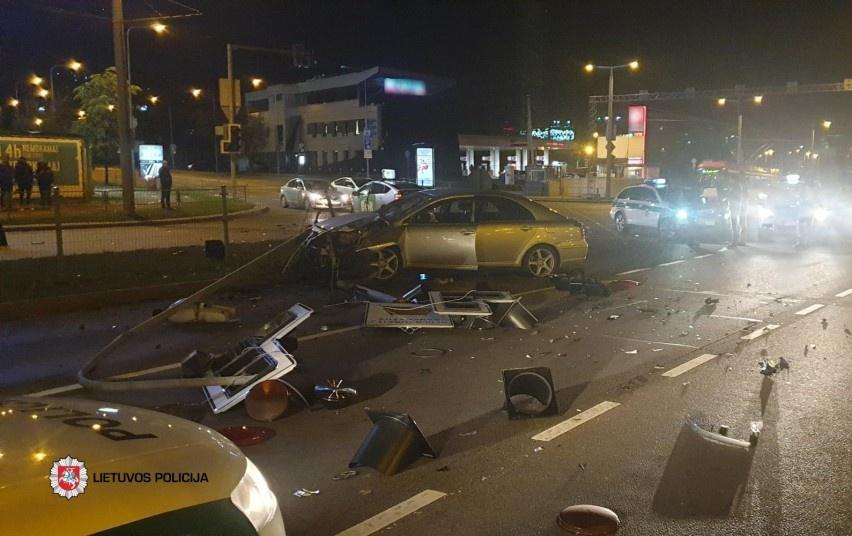 Pirmąjį spalio savaitgalį keliuose žuvo du žmonės, tarp sužeistųjų kas penktas – nepilnametis