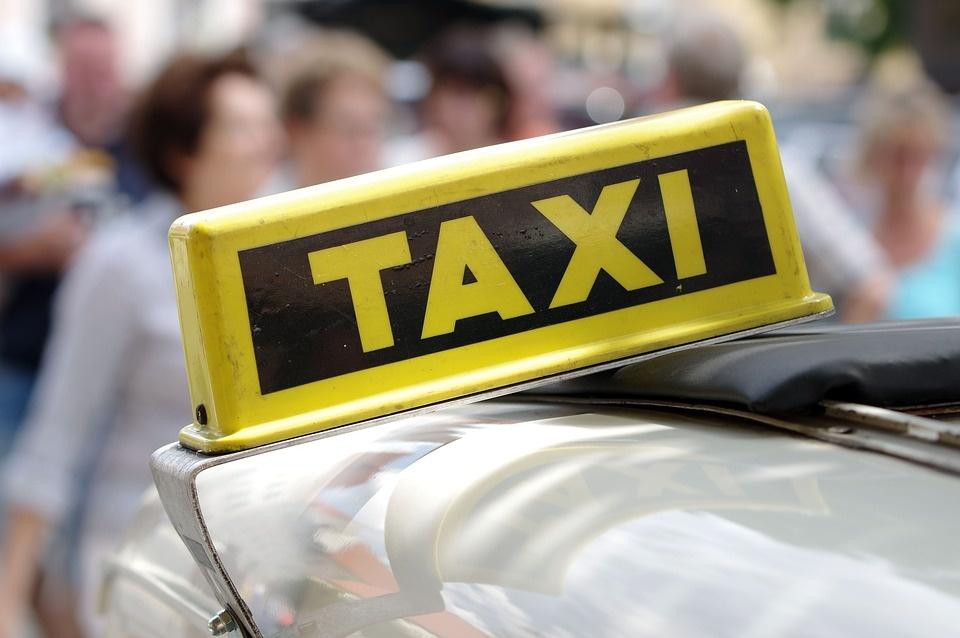 Panevėžyje sumuštas taksistas