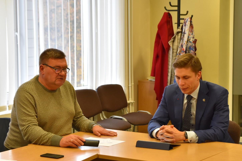 Rajono meras susitiko su opozicijos atstovais