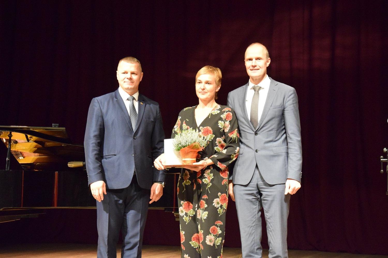 Tarptautinės mokytojų dienos minėjime – padėkos geriausiems mokytojams ir Vilkaviškio garbės piliečio regalijų įteikimas