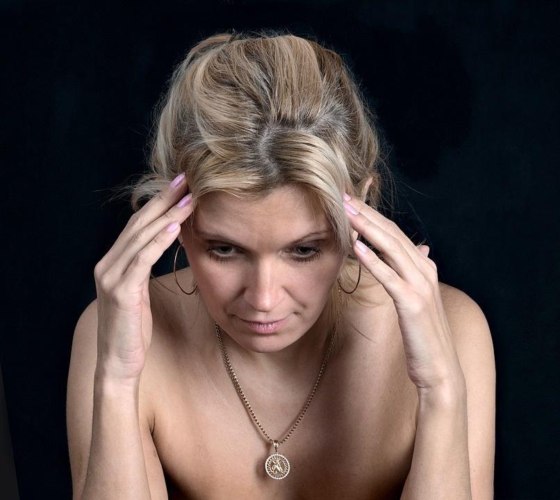 15 simptomų, kad moterims trūksta vitamino B12. Tai labai pavojinga!