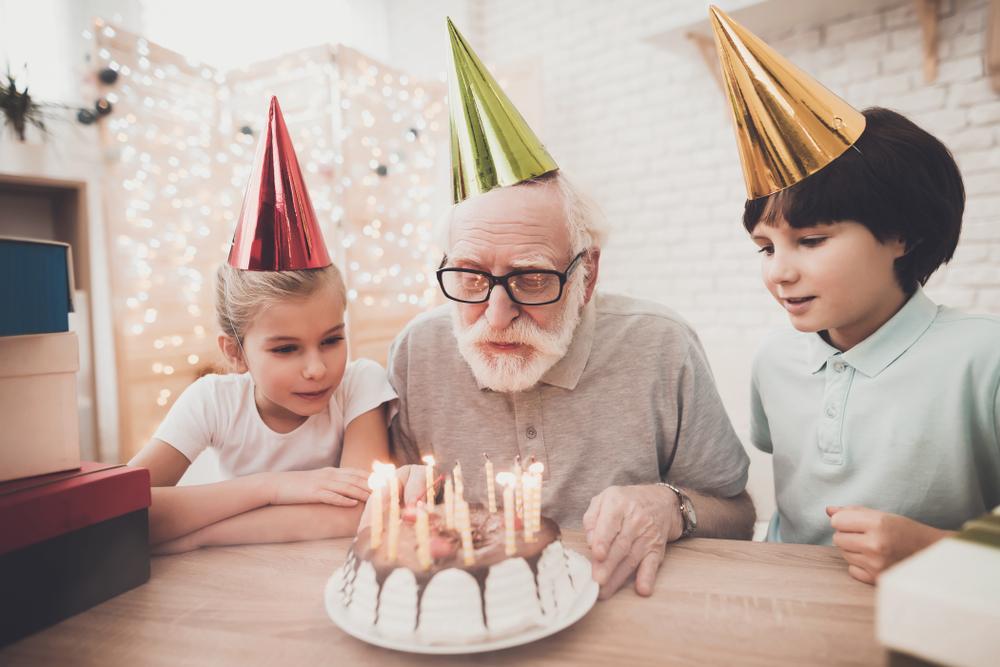 Dovanos senjorams: idėjos gimtadienio proga