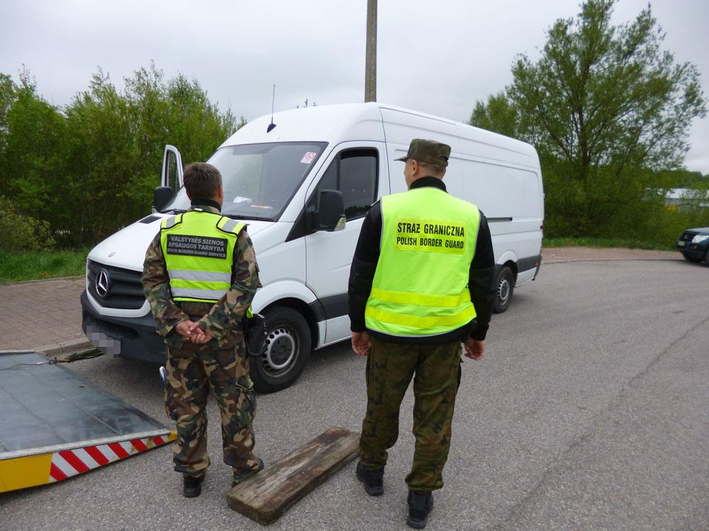 Tarptautinis patrulis sulaikė, įtariama, klastotę pateikusį ukmergietį
