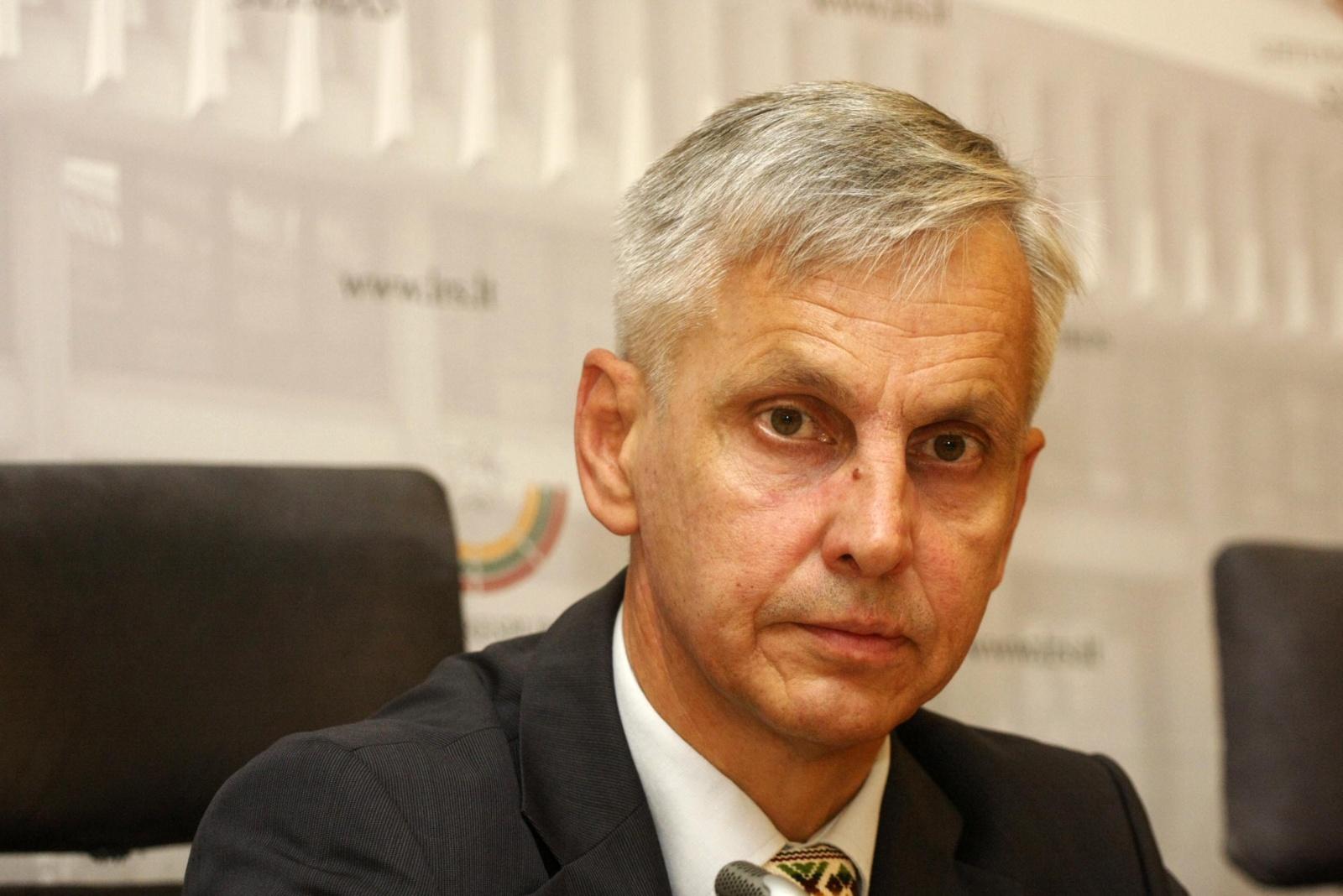 P. Urbšys tvirtina, kad R. Karbauskis blefuoja: pasiekęs savo, prisimins koalicinę sutartį