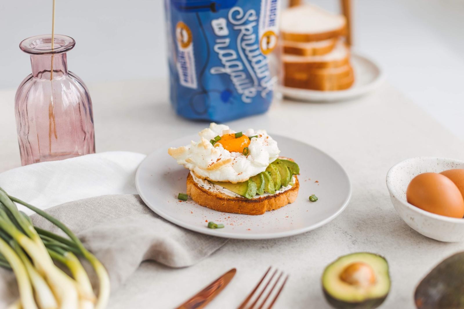 3 skrebučių su kiaušiniais idėjos lėtiems savaitgalio pusryčiams