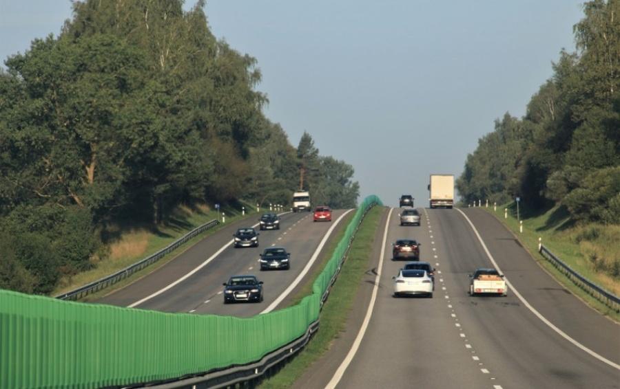 Kelias Vilnius–Kaunas pertvarkomas į automagistralę