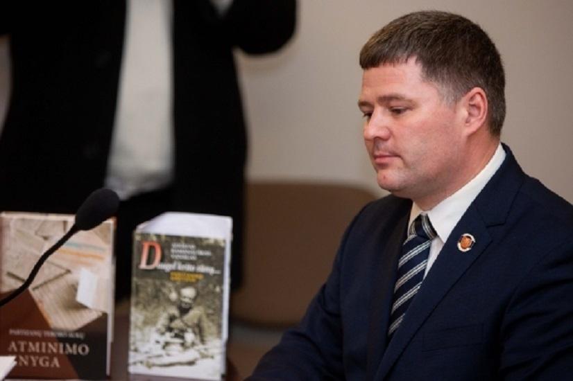 Teismas skelbs sprendimą dėl V. Titovui skirtos baudos už partizanų vado paniekinimą
