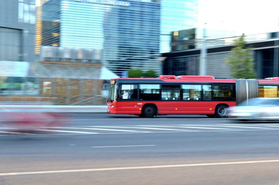 Artėjant Visų Šventųjų ir Vėlinių laikotarpiui dažniau kursuos 63 maršruto autobusai