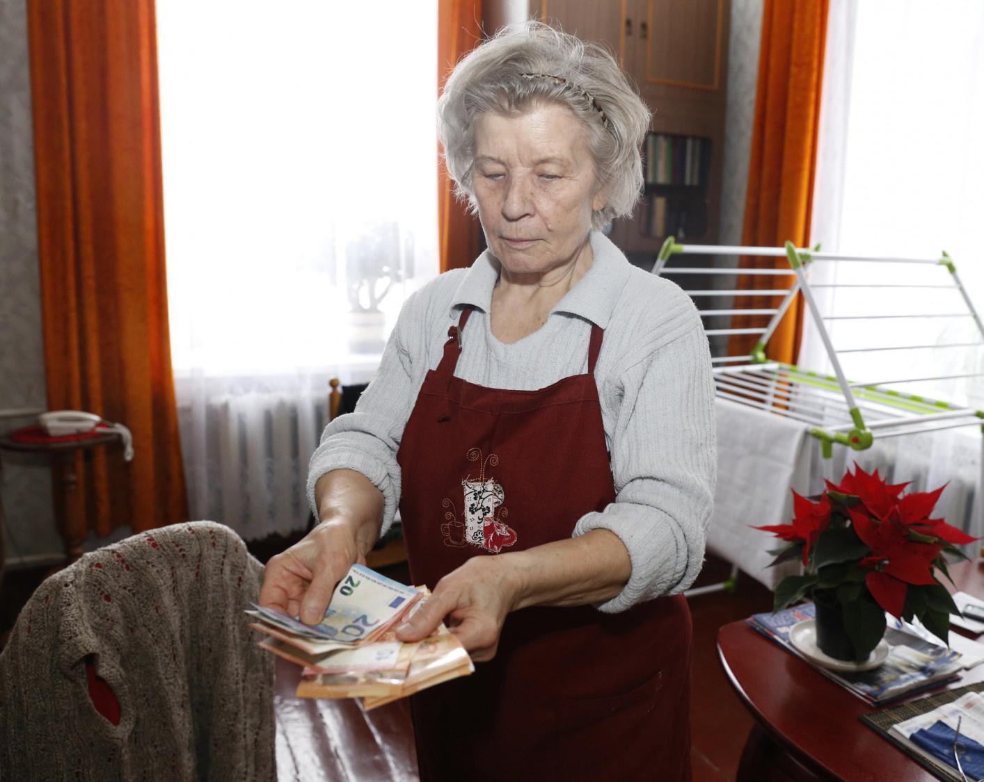 Seimas priėmė svarstyti prezidento siūlymą dėl spartesnio pensijų indeksavimo