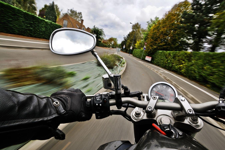 Motociklininkas: ačiū, vairuotojau, per tave praradau teises
