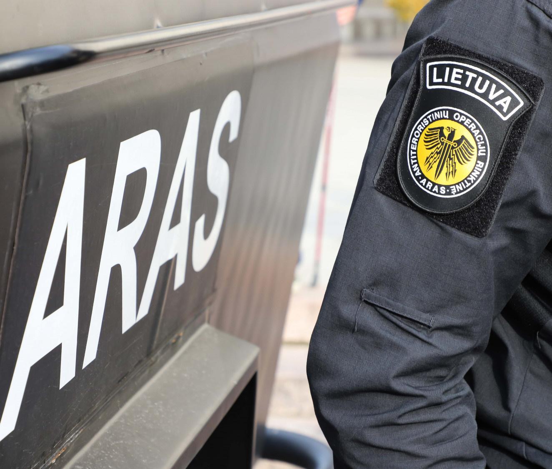 """Lietuvoje vyksta tarptautinė policijos operacija, pasitelkti """"Aro"""" pareigūnai"""
