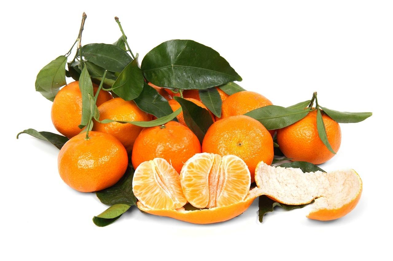 Kuo naudingi mandarinai? 9 priežastys, kodėl juos verta valgyti dažniau