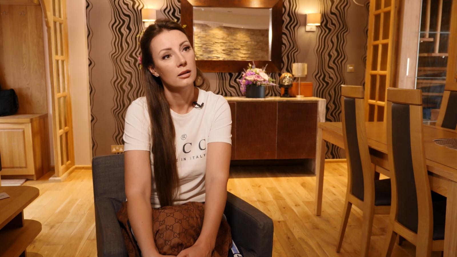 Tris klubus Londone valdanti lietuvė Kotryna karjerą pradėjo nuo padavėjos darbo