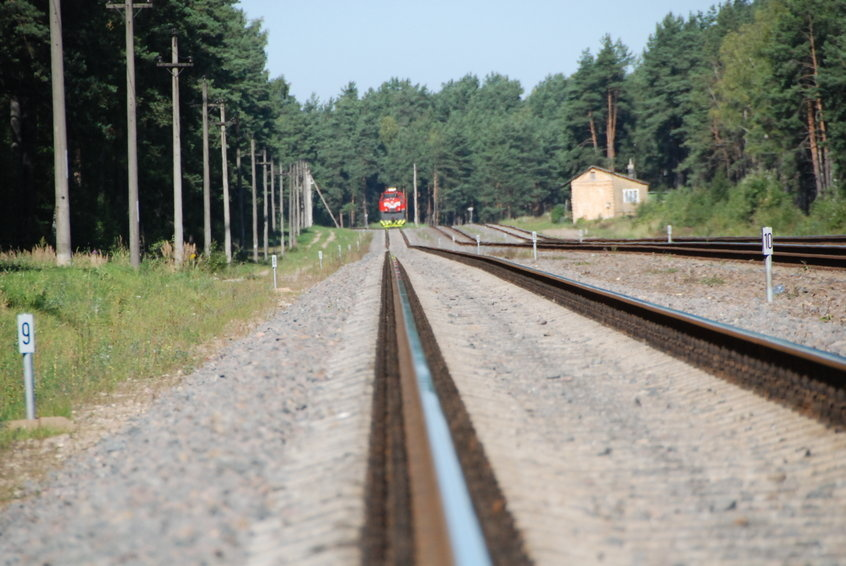"""""""Lietuvos geležinkeliai"""" baigia vykdyti pirkimą dėl ruožo Plungė – Šateikiai"""