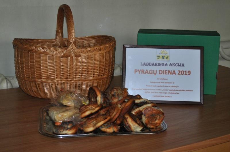 Pyragų dieną – labdaringa akcija Joniškio rajono savivaldybėje