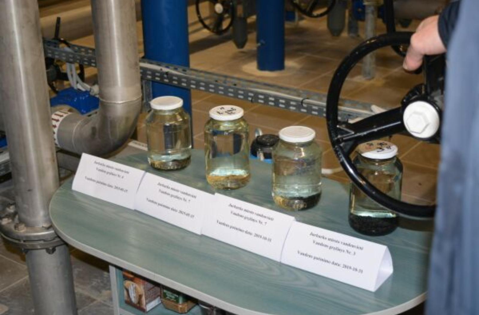 """UAB """"Jurbarko vandenys"""" pristatė vandens gerinimo įrenginius"""