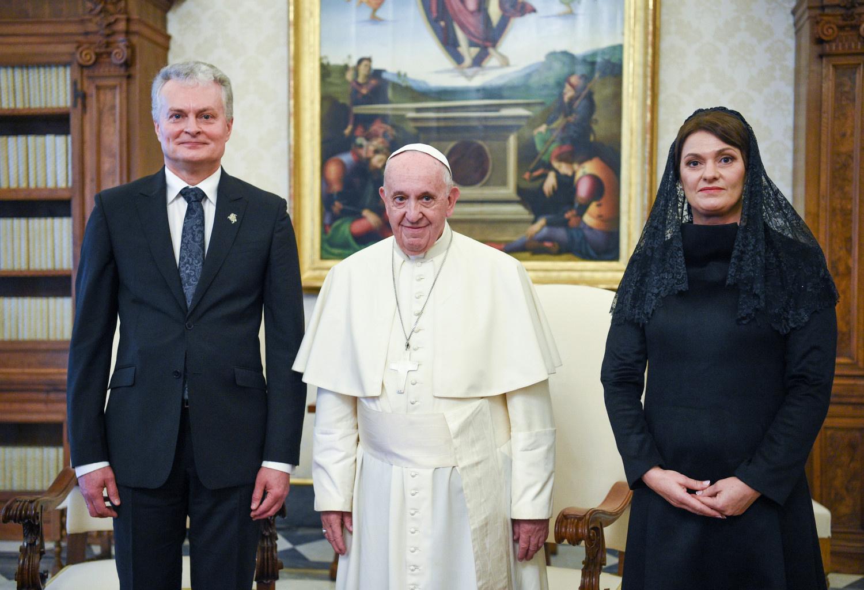 G. Nausėda susitiko su popiežiumi: kalbėta ir apie Rusijos agresiją, ir apie socialinę politiką