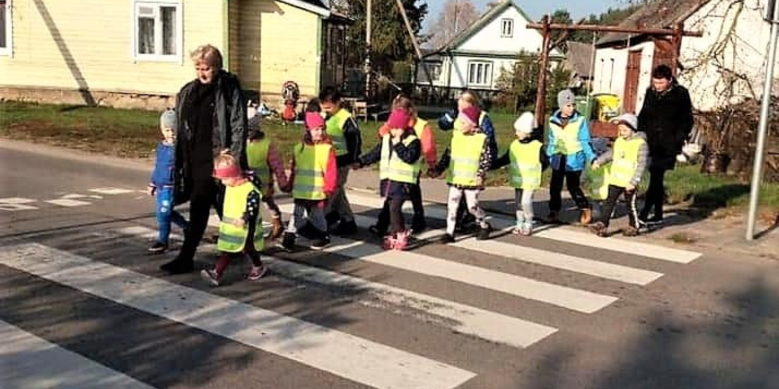 Vyžuonose vaikai miestelėnams dalijo atšvaitus