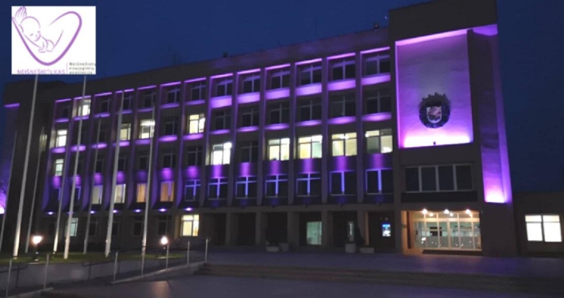 Purpurine spalva Marijampolė jungiasi prie Pasaulinės neišnešiotų naujagimių savaitės