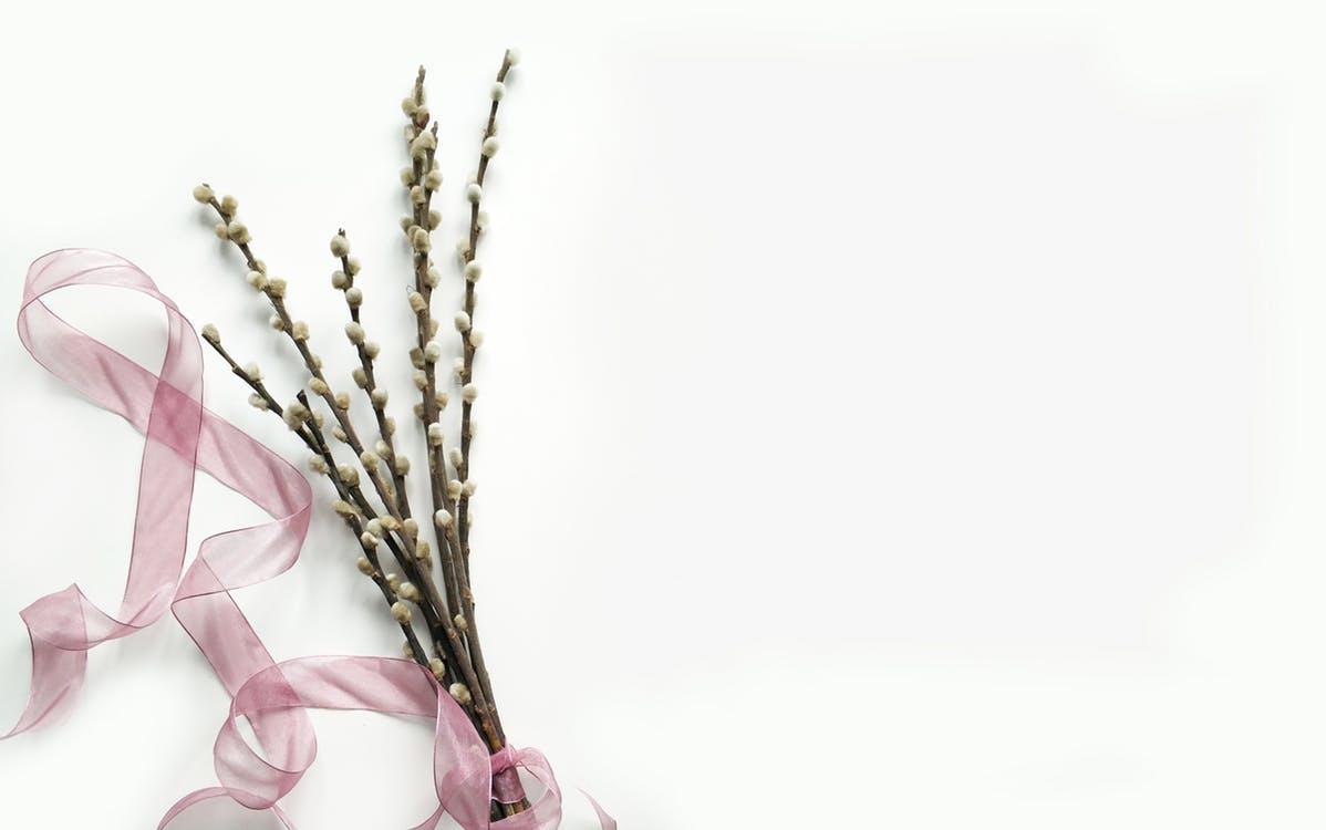 Gėlių puokštė gimimo dienos proga: kokia ji turi būti?